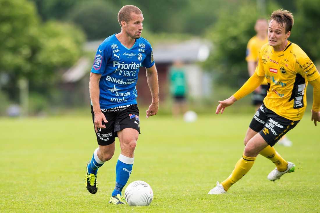 Halmstads Christoffer Andersson.