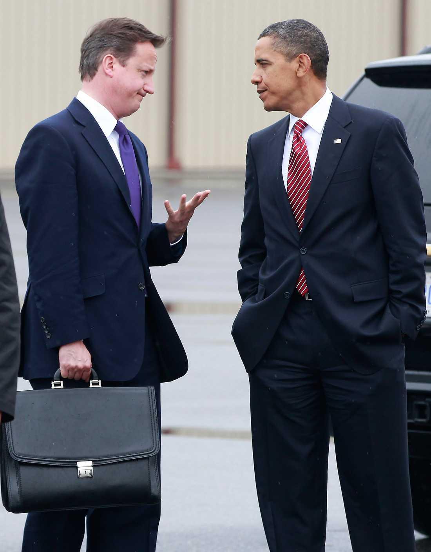 David Cameron, 42 % (en vecka sedan) I december sjönk förtroendet något för den nye brittiske premiärministern David Cameron. 42 procent av britterna har förtroende för Cameron, enligt opinionsmätarna Angus Reid. BARACK OBAMA, 46 % (i december) I augusti var förtroendet för president Barack Obama sämre än någonsin. 41 procent sa att de tyckte att han sköter sina uppgifter bra, lägsta siffran sedan han tillträdde i januari 2009. I december hade siffran stigit till 46 procent.