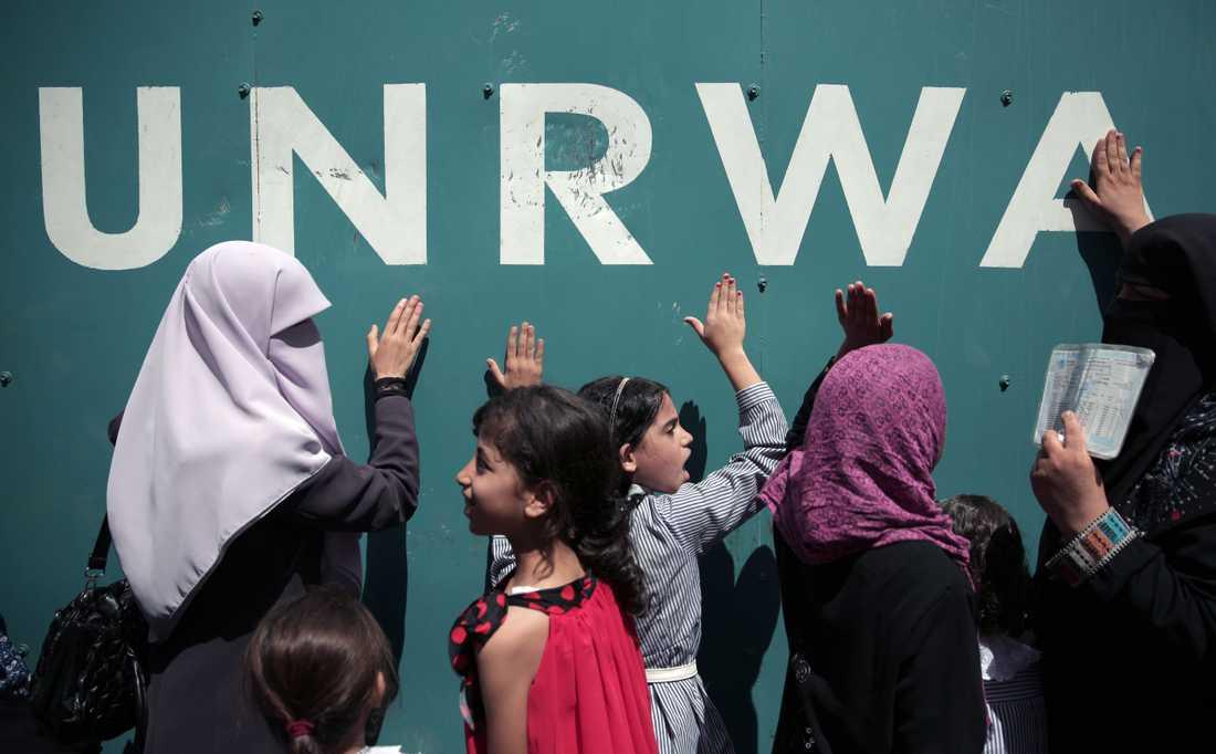 """En intern rapport om """"allvarliga etiska övertramp"""" har fått flera givarländer att strypa utbetalningarna till UNRWA. Arkivbild."""