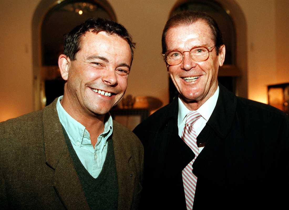 Med Roger Moore.