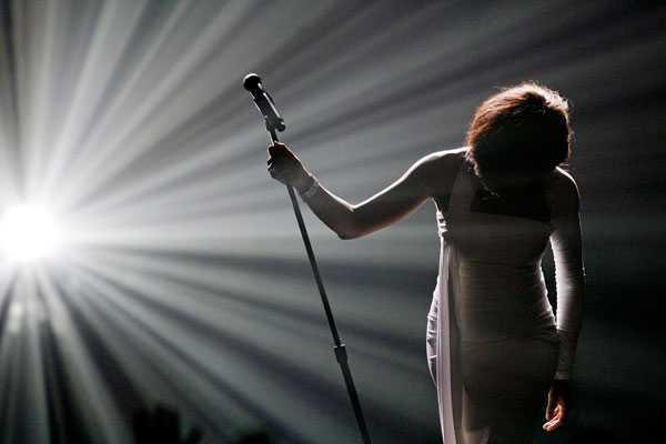 Uppträdande på American Music Awards 2009.