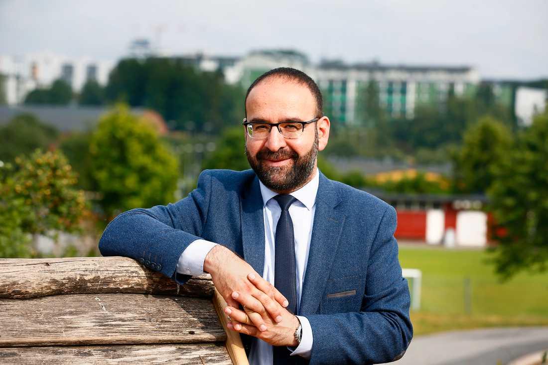 Mehmet Kaplan, MP.