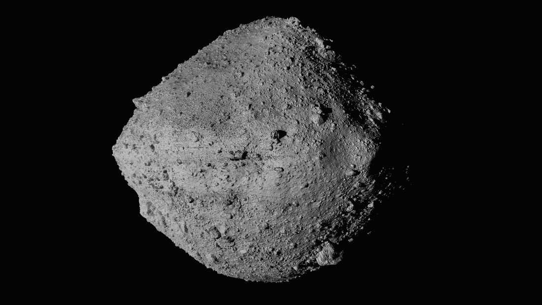 Asteroiden Bennu tagen från rymdsonden Osiris-Rex.