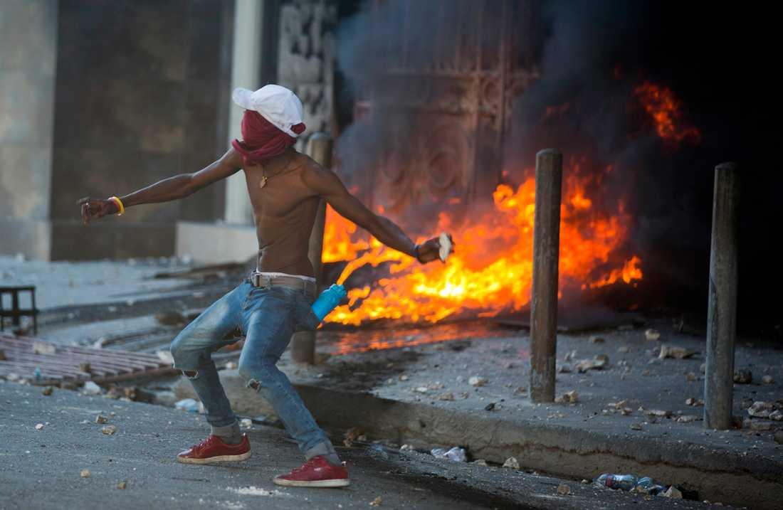 Läget i Haiti är oroligt och instabilt.