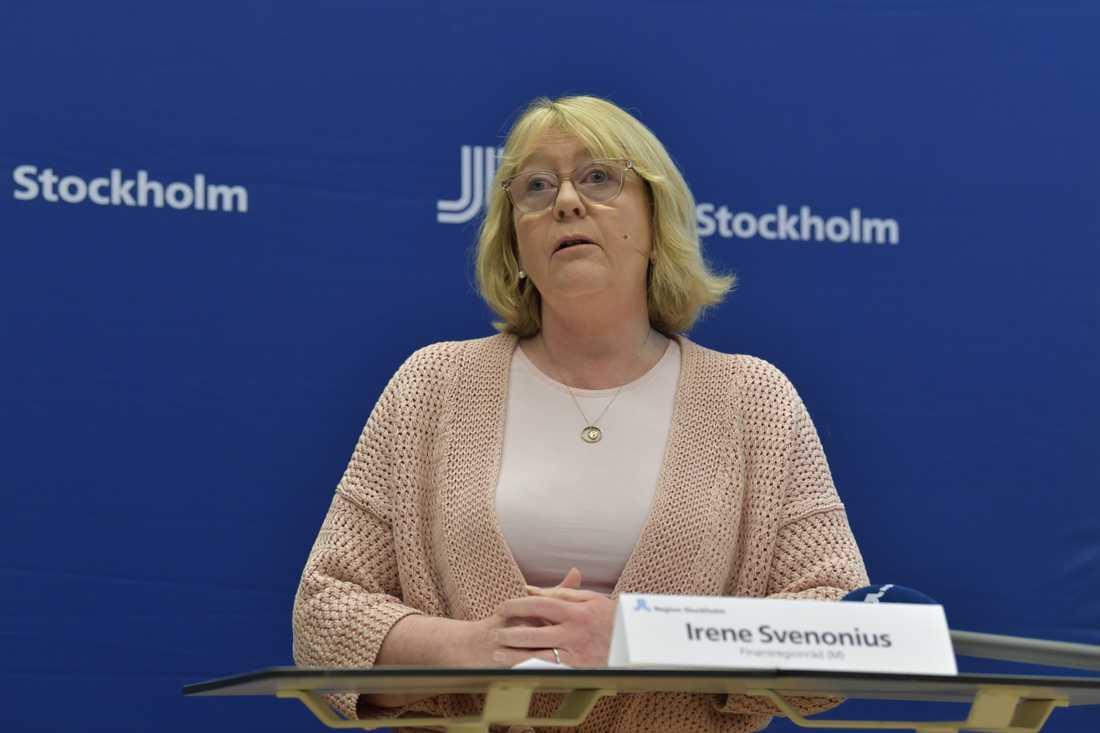 Finansregionråd Irene Svenonius (M) under torsdagens presskonferens om Region Stockholms arbete med anledning av coronakrisen.