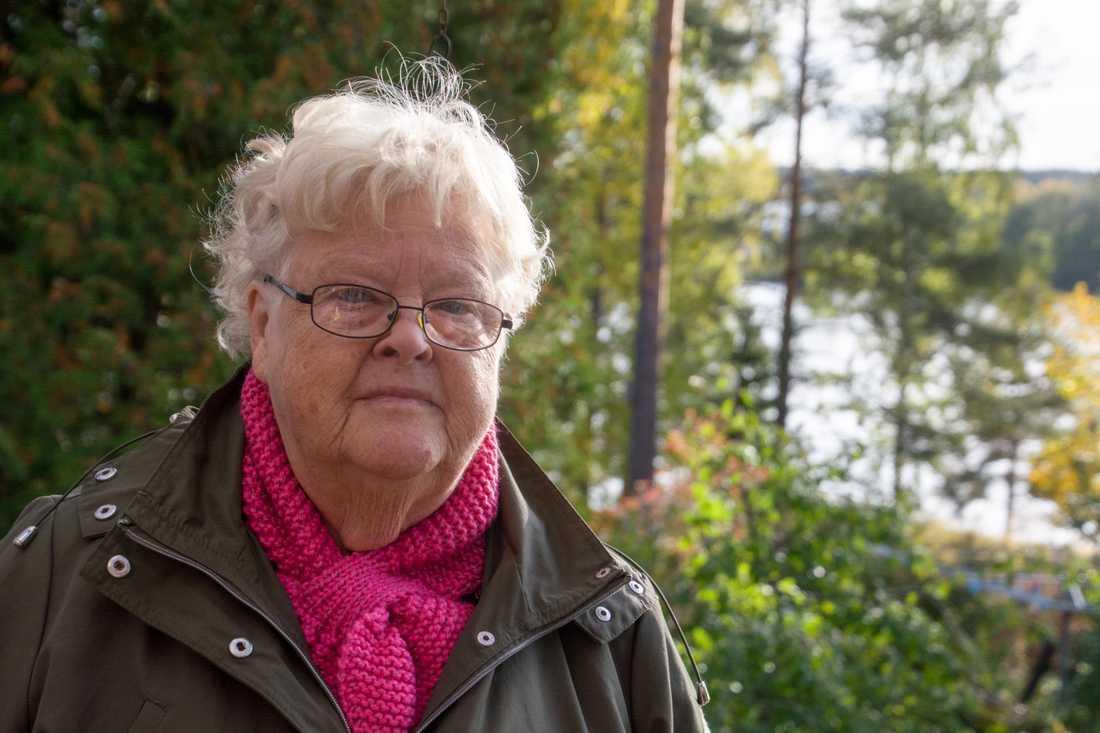 Solveig Wadelius i Virsbo upptäckte den för landet nya snigelarten i sin trädgård i september.