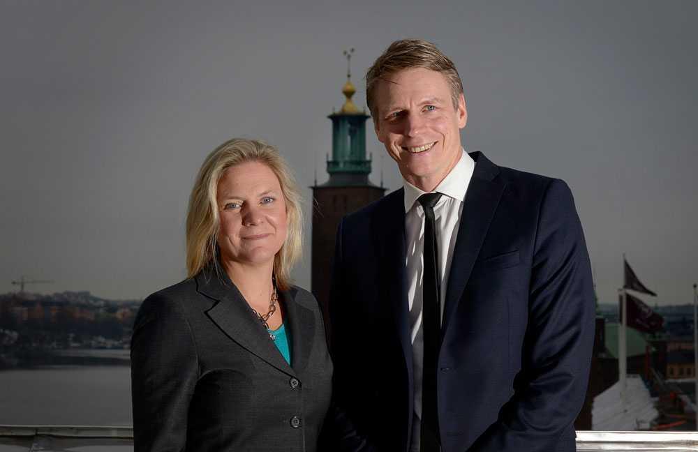 Finansminister Magdalena Andersson (S) och Per Bolund (MP) Finansmarknads- och konsumentminister, biträdande finansminister, politiker, Sverige, förhandlar om vårbudgeten.