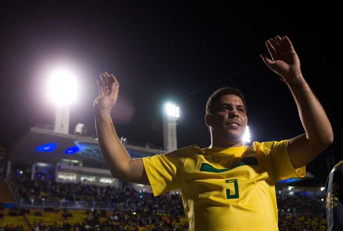 Ronaldo tackade för sig under en träningslandskamp mot Rumänien 2011.