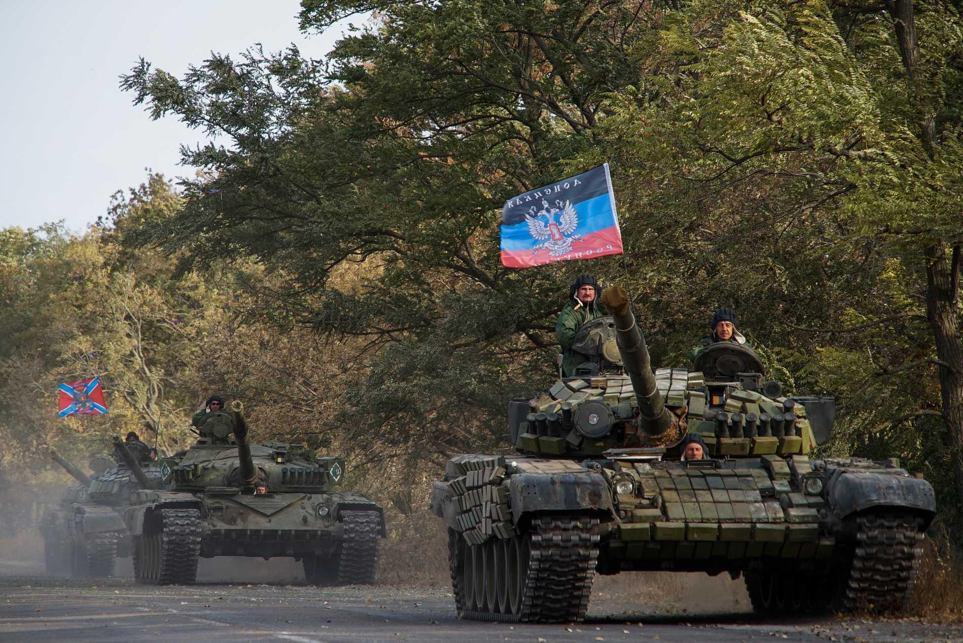 Proryska separatister på en arkivbild från 2015.