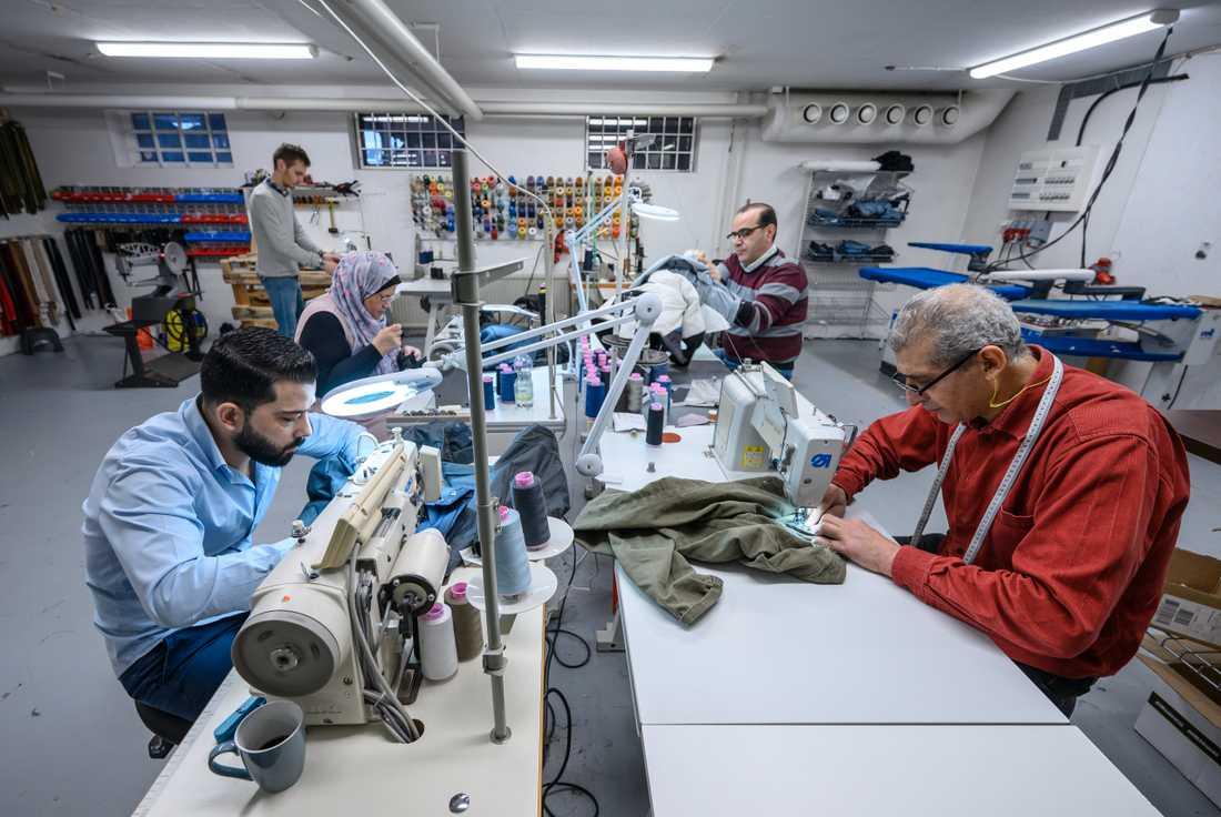 När allt fler vill få sina kläder lagade skapas nya arbetstillfällen.