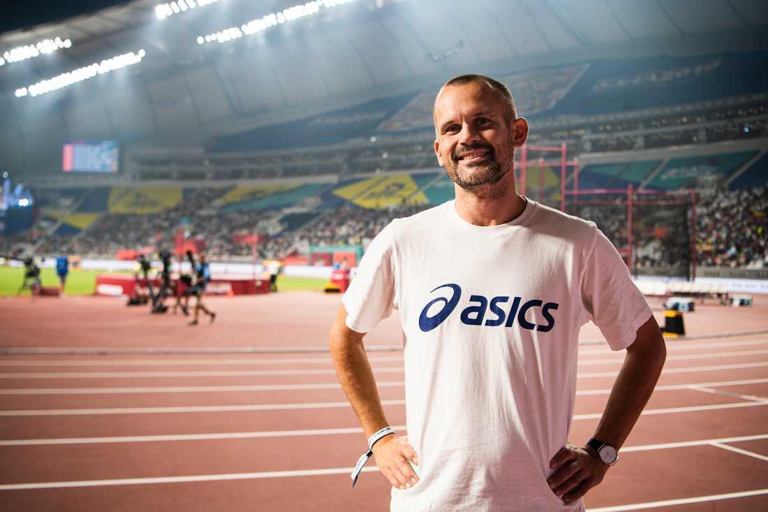 Stefan Holm på plats under friidrotts-VM i Qatar.