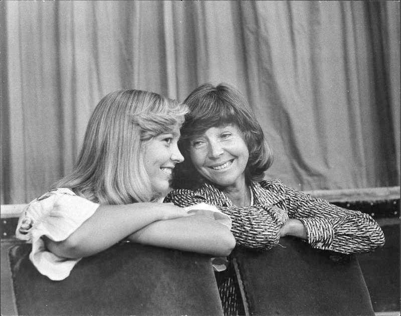 Titti och Alice Babs tillsammans på scenen 1975.