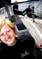 Johanna Hird, Janne Hird, Johan Brons och Agneta Brodin är alla seglare som njuter av att styra kosan ut i skärgården under sommarmånaderna.