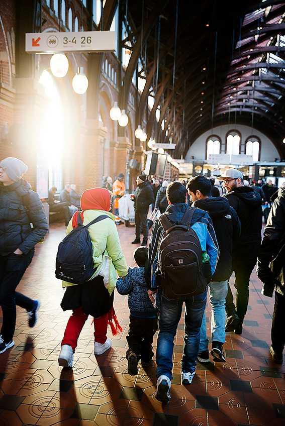 Flyktingar på Köpenhamns centralstation.
