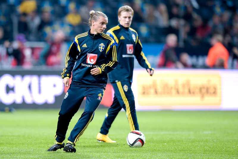 ...Niklas Hult...