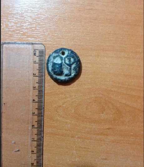 Mindre smycken smugglas ofta ut ur Syrien och säljs direkt på marknader i Turkiet.