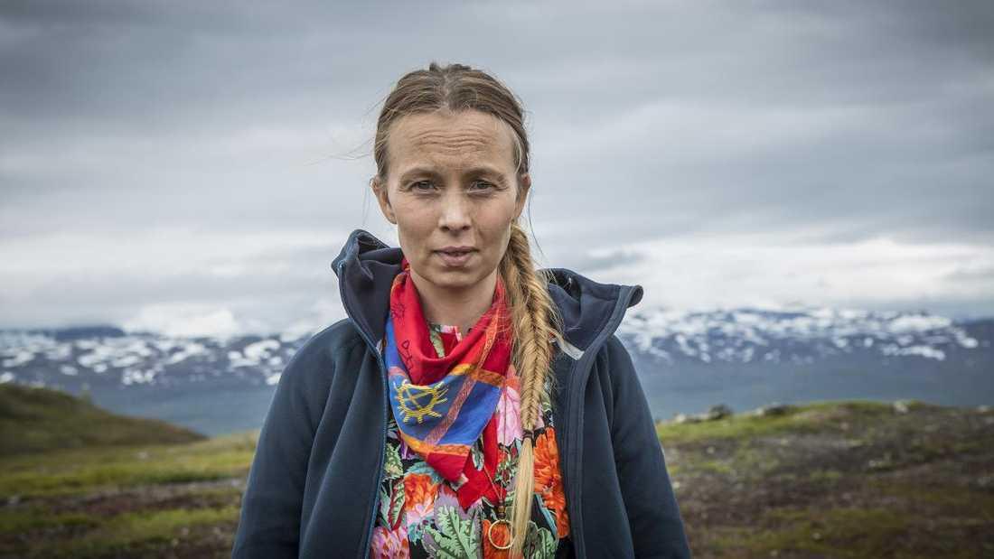 """Samiska artisten Sofia Jannok är med i SVT:s nya storsatsning """"Midnattssol""""."""
