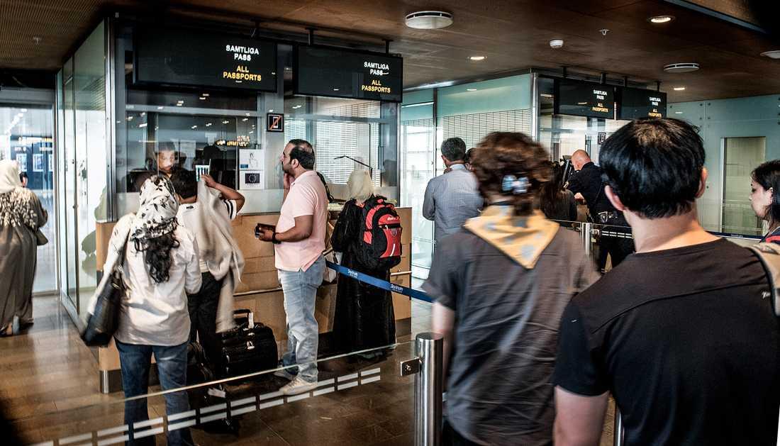 Arkivbild. Passkontrollen på Arlanda.