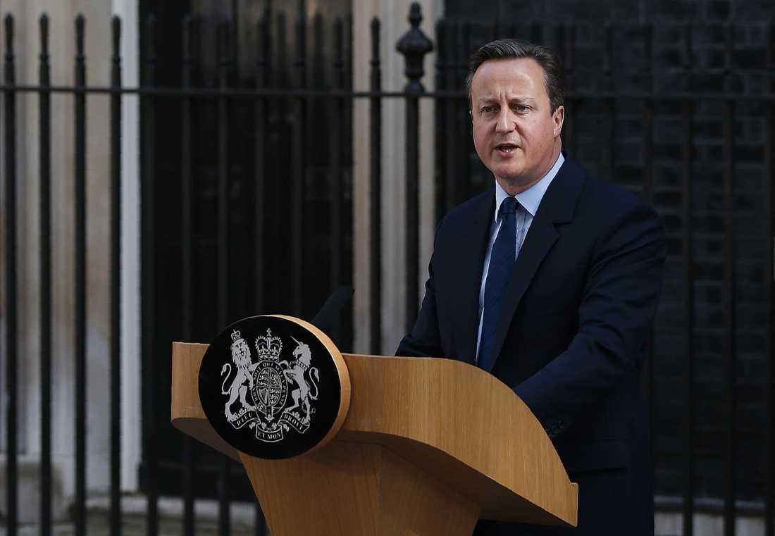 """""""Storbritannien behöver nytt ledarskap"""", sa David Cameron och meddelade att han avgår i oktober."""