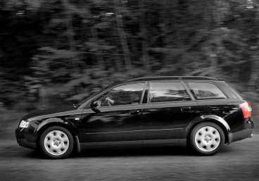 Vanliga fel på Audi A4:  Glappa bärarmar i framvagnen. Bussningar till fyrhjulsdriften.  Bromsarna kärvar.