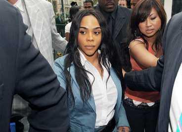 FÅR SITTA INNE Lil Kim dömdes för falskt vittnesmål till ett års fängelse.