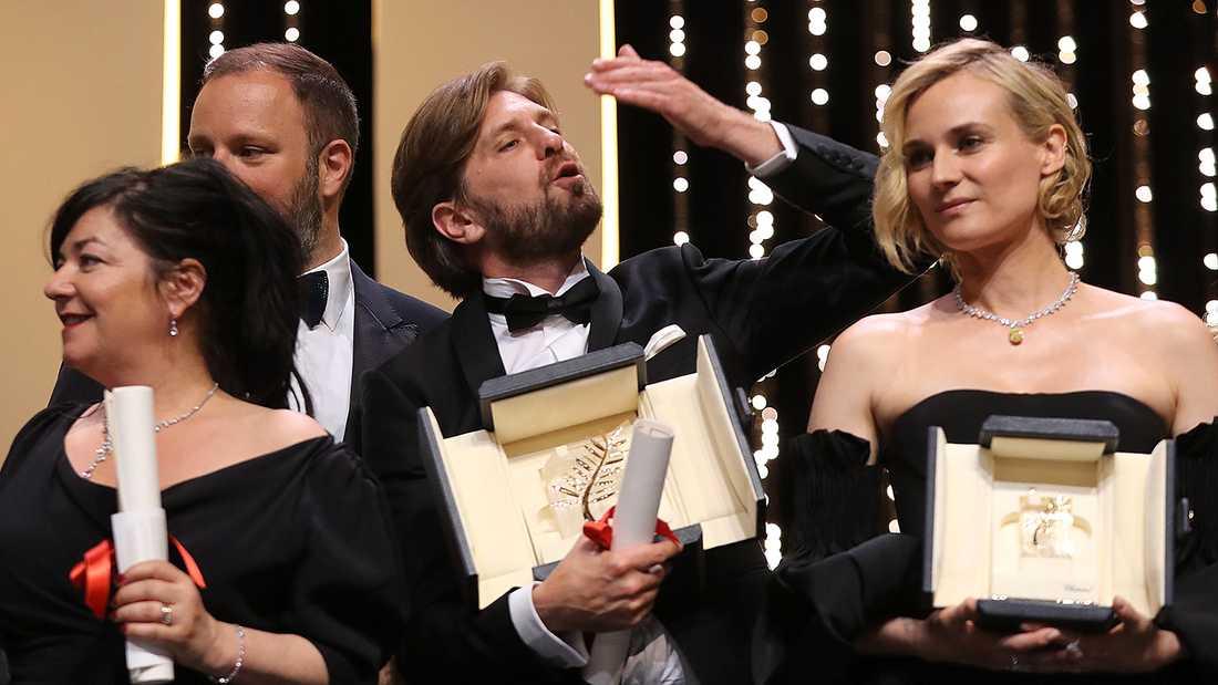 Brittiska regissören Lynne Ramsay, Greklands Yorgos Lanthimos, Ruben Ostlund och tyska Diane Kruger, som vann pris som bästa skådespelare.