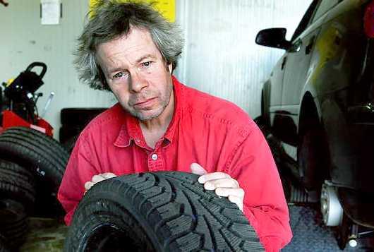 Aftonbladet däckexpert Robert Collin är nöjd, men inte överraskad över Trafikverkets utredning.