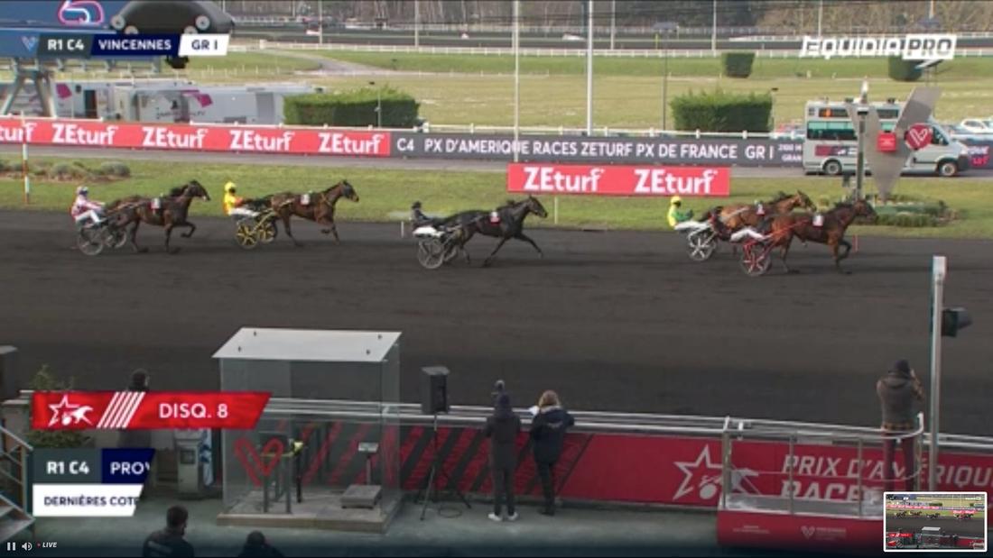Här slår Delia du Pommereux av Face Time Bourbon på mållinjen i Prix de France.