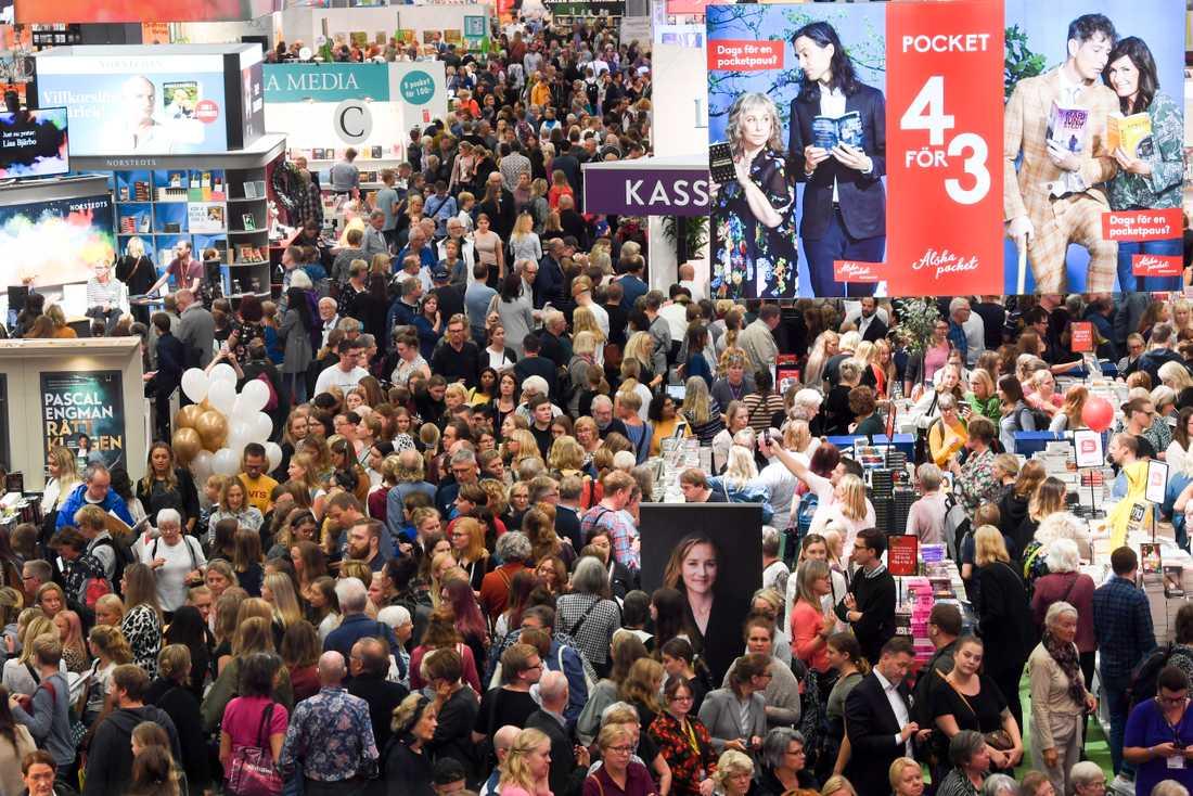 Bilden är från Bokmässan i Göteborg i fjol. I år var det inte möjligt att besöka mässan fysiskt, men det gick att titta på de olika evenemangen som sändes på Bokmässans hemsida.