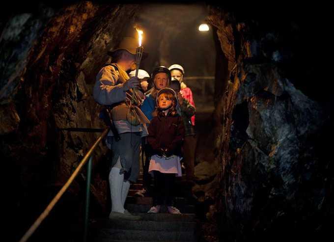 Sala silvergruva har en mystik kring sig. Gruvan, liksom andra platser i Sala, är inspelningsplatsen för tv-serien Jordskott.