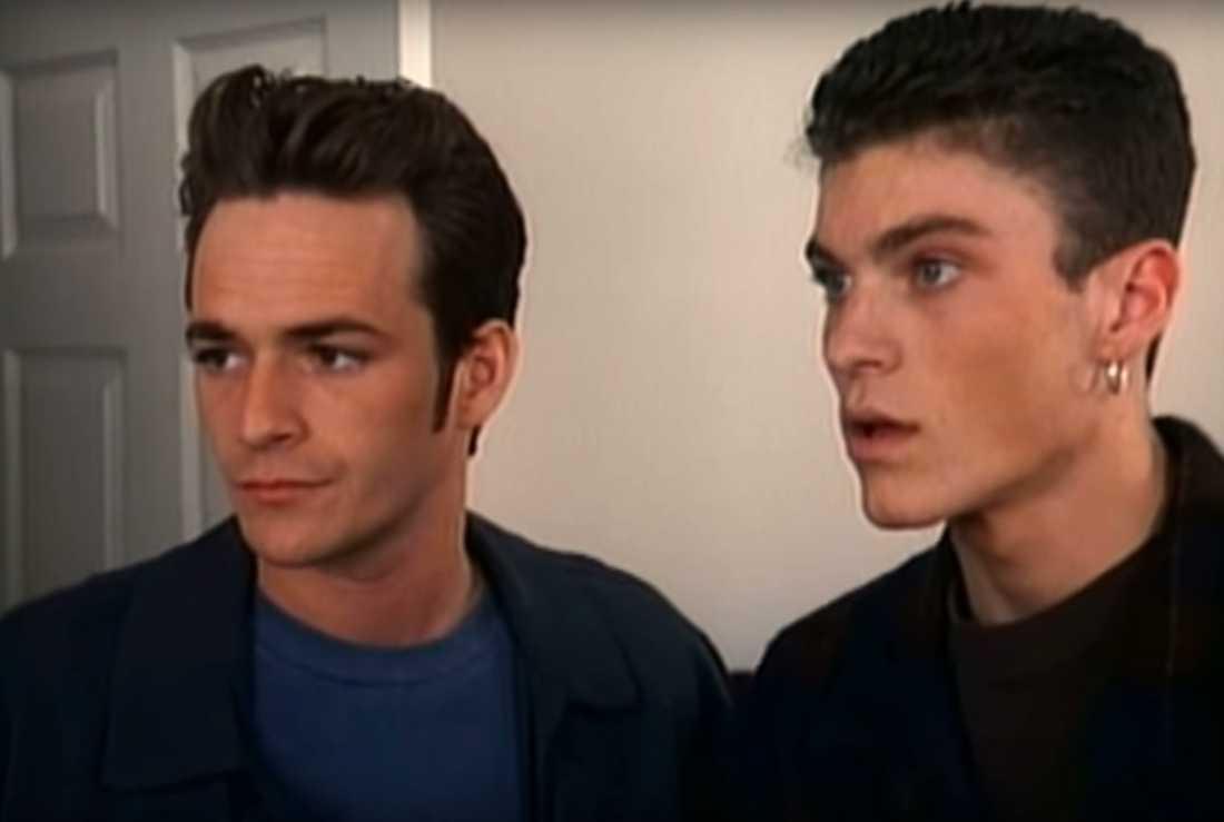 "Luke Perry och Brian Austin Green i ""Beverly Hills""."