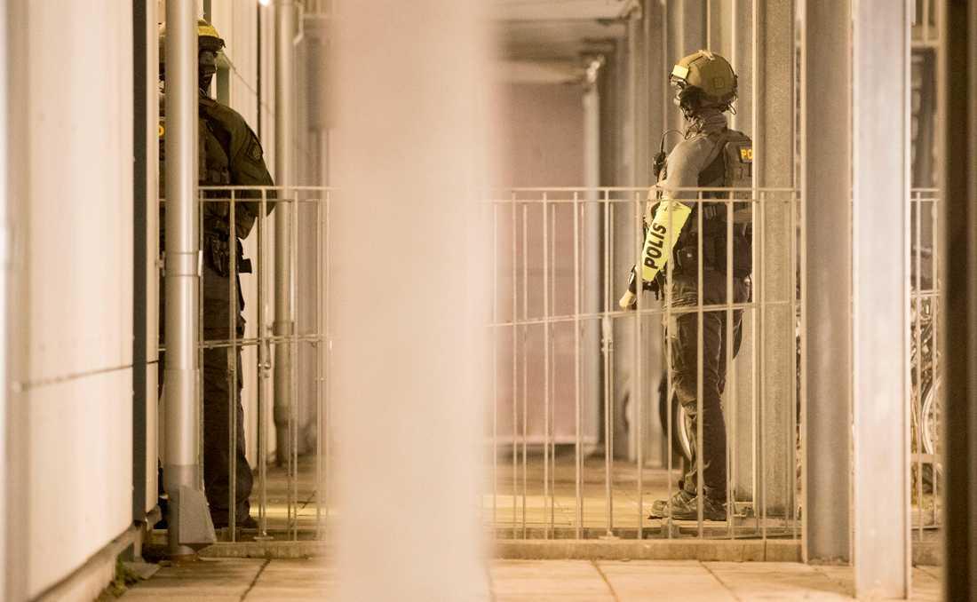 Polisen har gjort husransakan på en adress i Malmö.