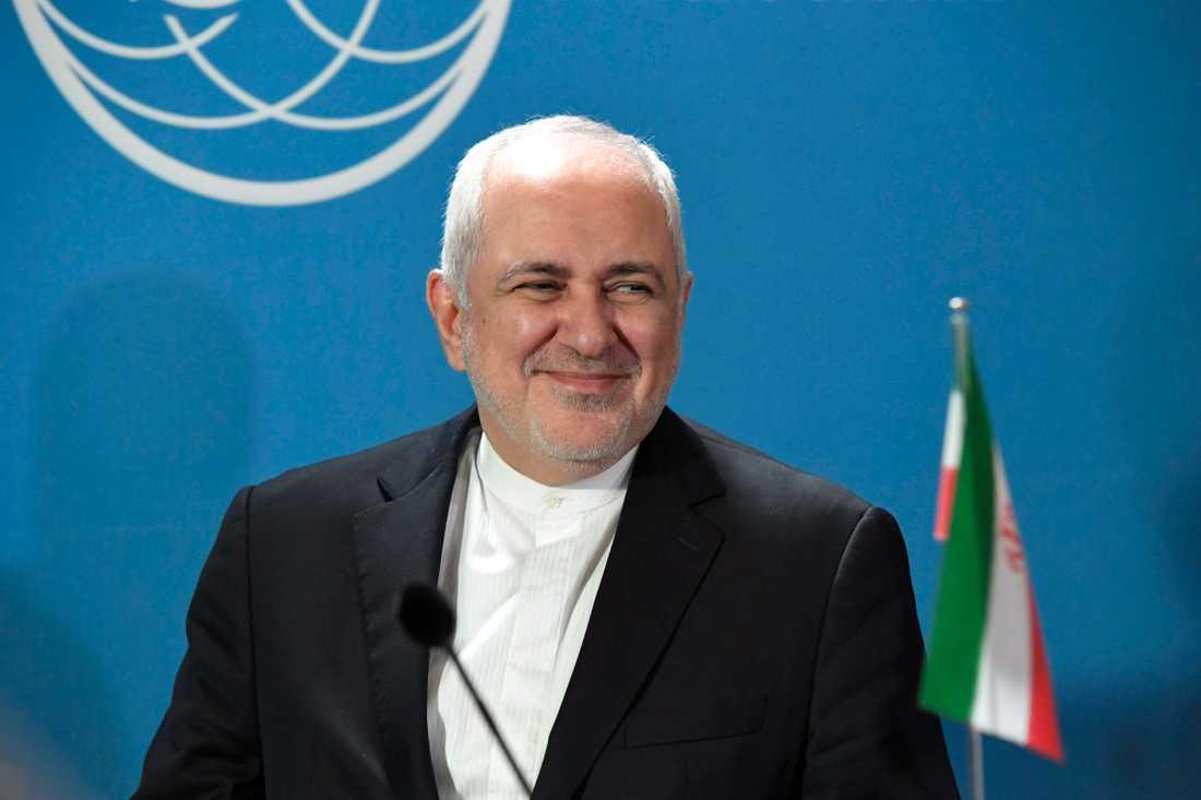 Irans utrikesminister Javad Zarif under måndagens besök i Finland.