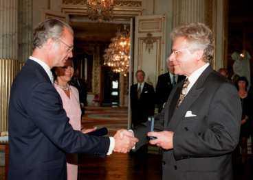 1997 Herman Lindqvist får medalj av kungen.