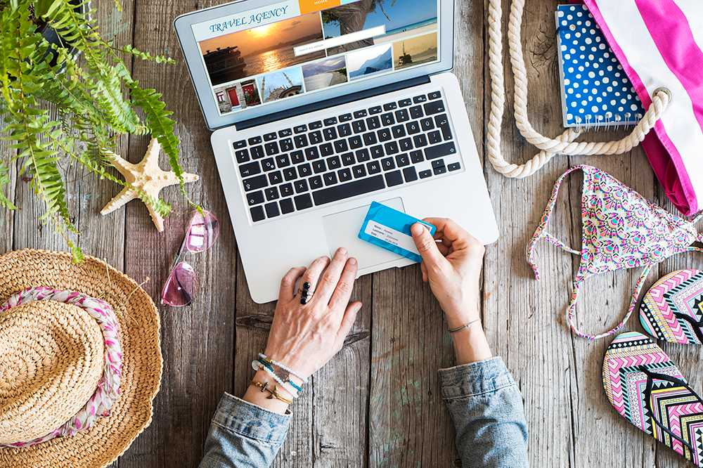Olika kreditkort ger olika fördelar på resan.