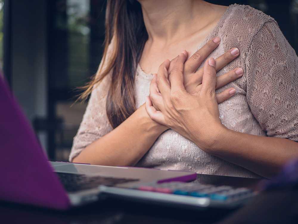 Snart hoppas läkare att hjärtinfarkter ska kunna upptäckas redan innan de bryter ut. Men innan dess är det viktigt att lyssna på kroppens signaler.