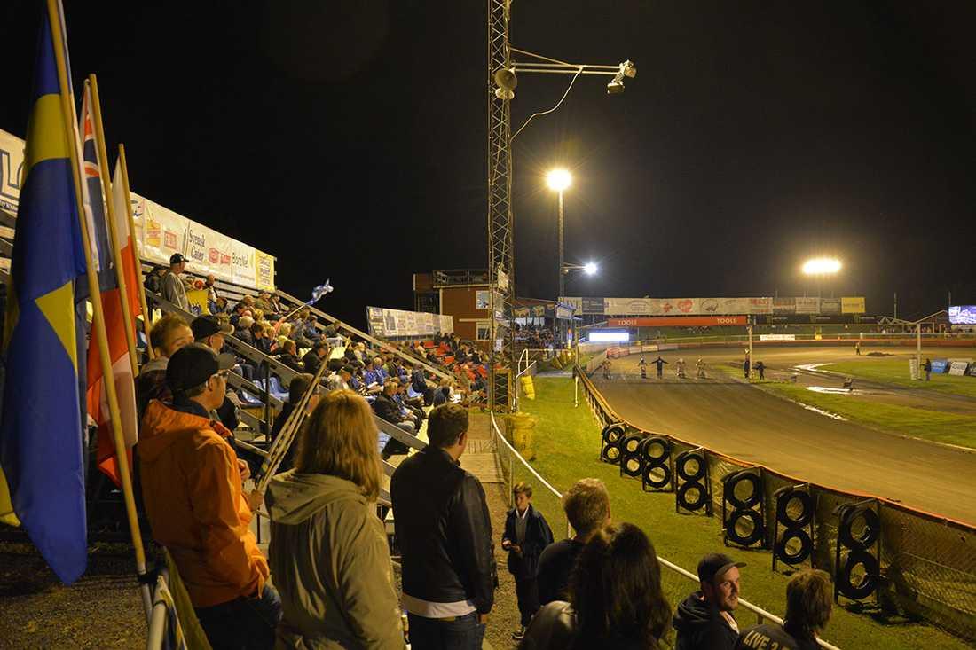 1466 åskådare hade tagit sig till Motorstadion i Motala.