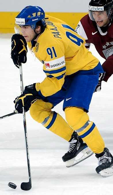Tre Kronorstjärnan Magnus Pääjärvi-Svensson slåss om VM-medaljer i Slovakien.