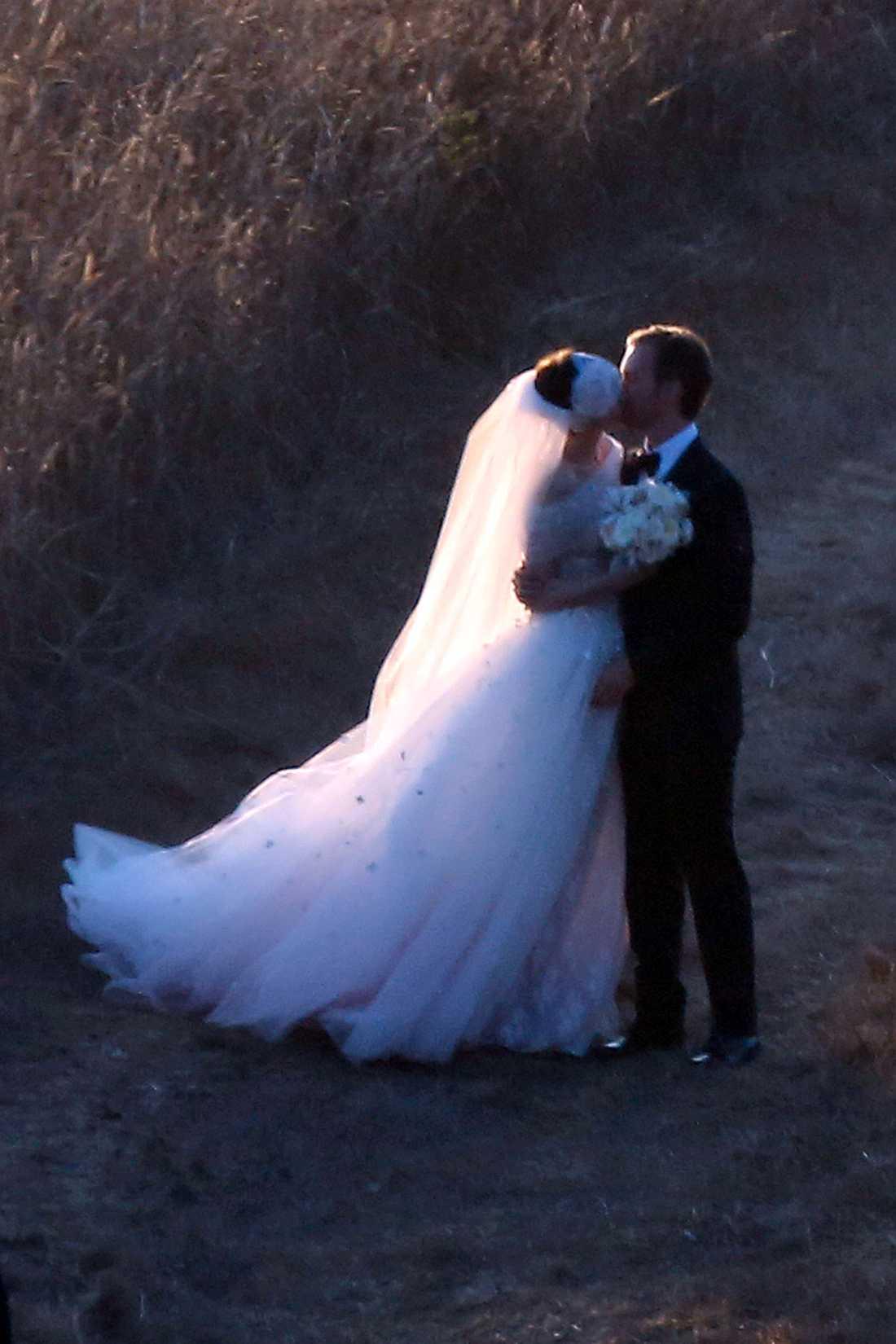 Anne Hathaway och Adam Shulman gifte sig i går.