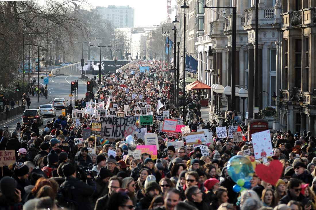 Protestmarsch på Londons gator.