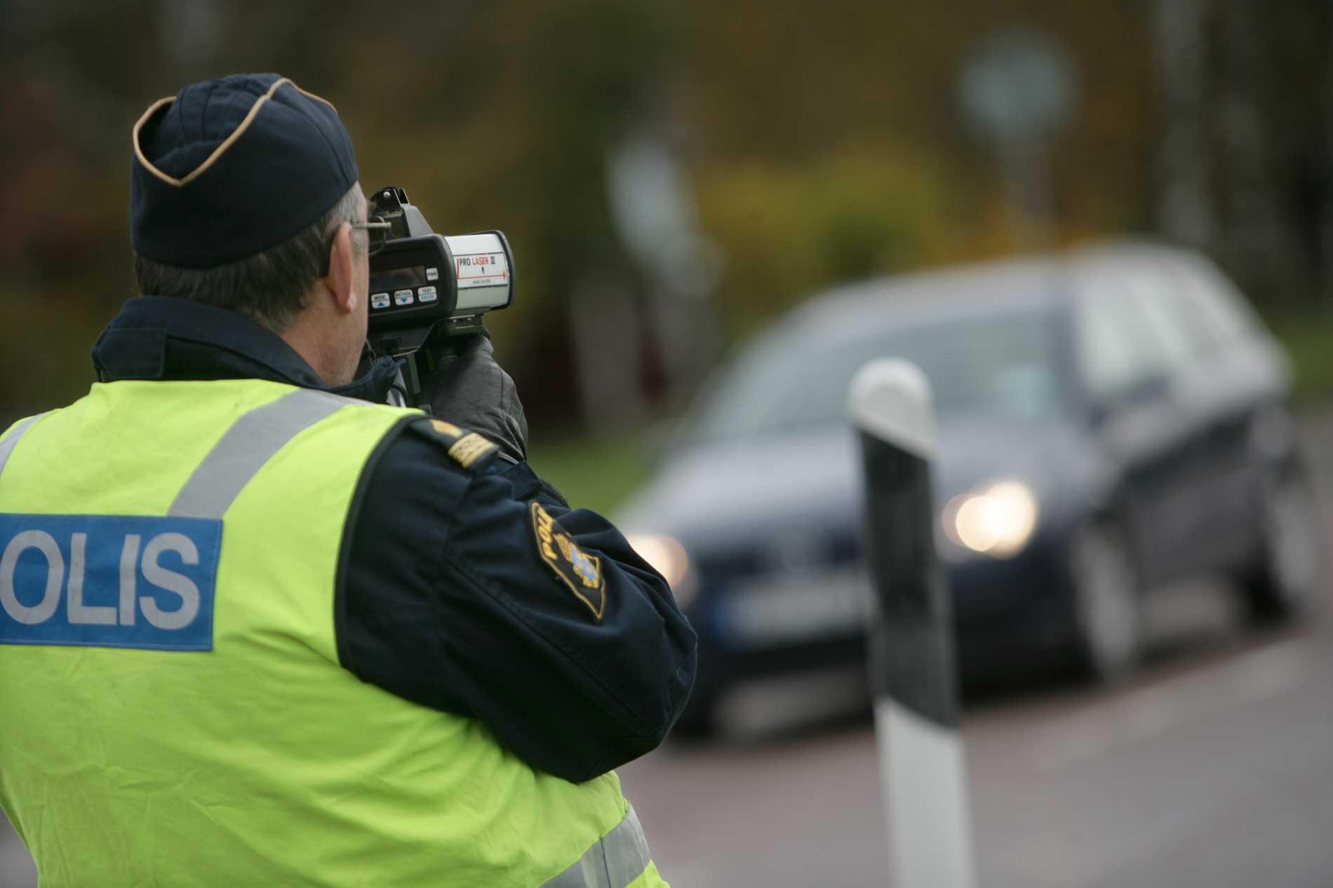 Polisledningens order: Utred många fall på kortast möjliga tid