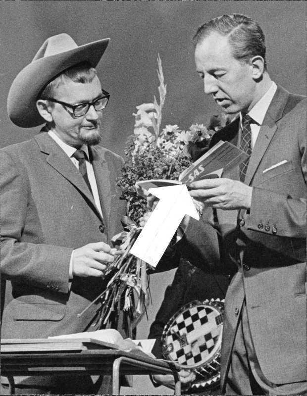 Bengt Feldreich har även varit programledare för 'Kvitt eller dubbelt', här med Gösta Gillberg som tävlade i ämnet 'Vilda västern' 1961.