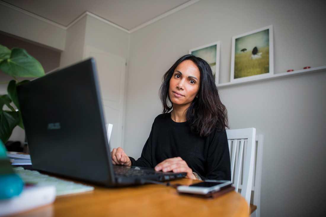 Anna-Sofia Samuelsson är född i Iran men adopterades som spädbarn till Sverige.
