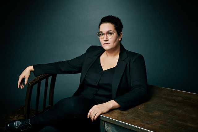 Carmen Maria Machado, amerikansk författare. Hennes debutnovellsamling har nu utkommit på svenska.