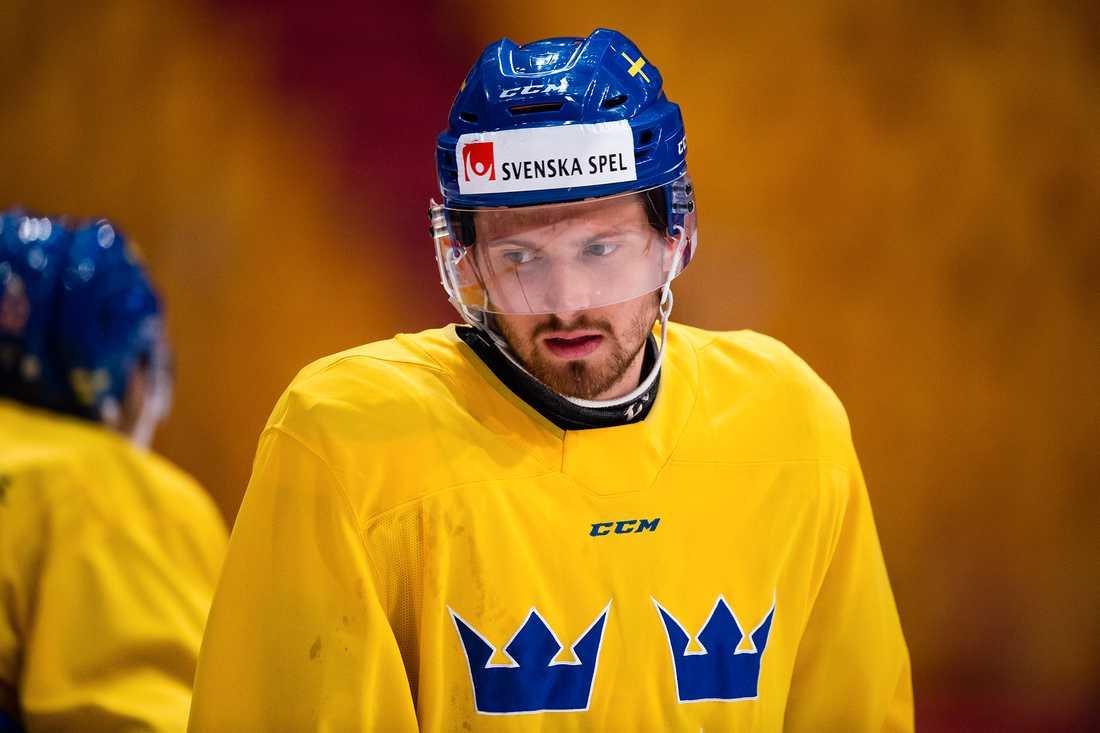 Lukas Bengtsson är med i Tre Kronors preliminära VM-trupp