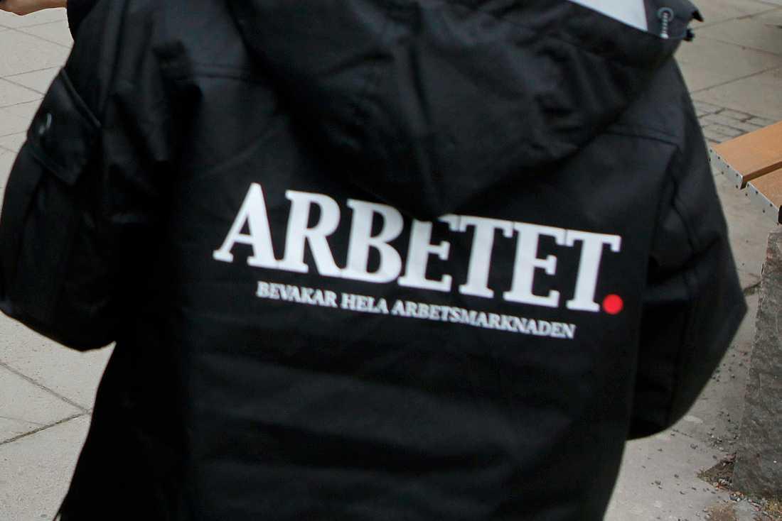 2012 tog LO-tidningen över namnet Arbetet. Nu blir den anrika avisan ett magasin och går i graven som nyhetstidning.
