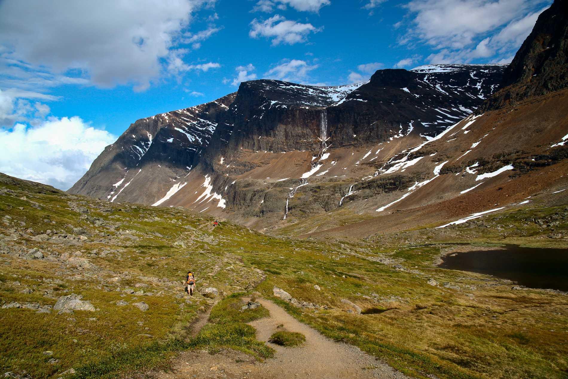 Sveriges högsta berg är Kebnekaise.