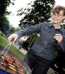 Inga konstigheter Att grilla vegomat är inte krångligare än att grilla kött. Marinera ordentligt, tipsar Gabriella Terneholm.