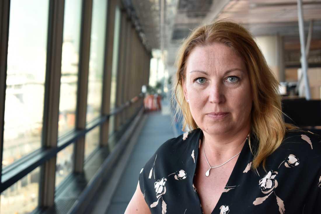 Lärarförbundets Johanna Jaara Åstrand ifrågasätter Ekströms beskrivning av situationen.