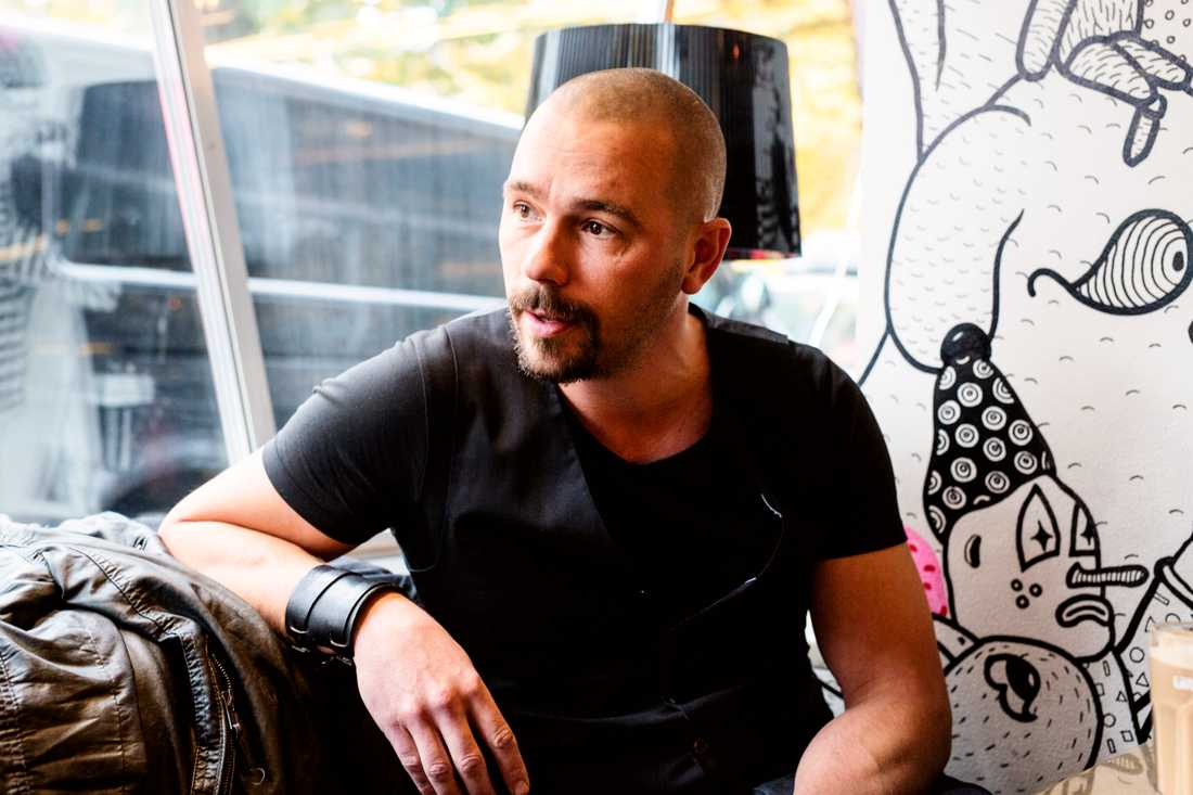 """Björn Christiernsson berättar för första gången sanningen om varför han lämnade TV4-programmet """"Äntligen hemma""""."""